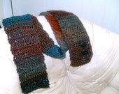 Woodlands Autumn Scarf (with buttons)