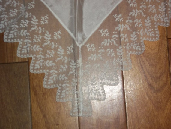 Antique Silk and Nottingham Lace Shawl...Scarf...Ivory Color....Wedding