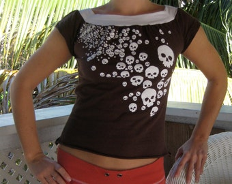 Off-the-Shoulder/Boat Neck Recycled T-Shirt: Brown with White Skulls