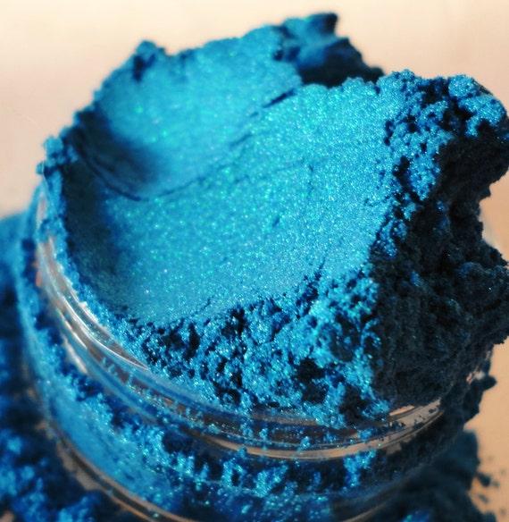 Femme Fatale Mineral Makeup Eye Shadow 10g Sifter Jar Eyeshadow