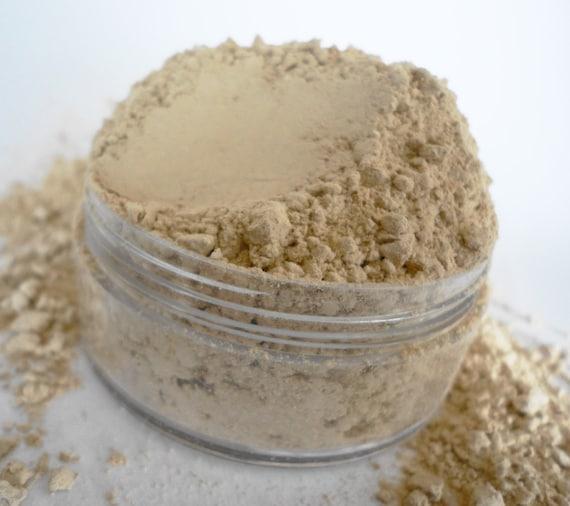 Foundation Mineral Makeup Pale Warm Beige    Large 24g Sifter Jar and Kabuki Brush Make Up