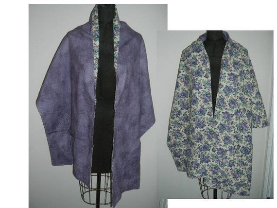 Vintage  Shawl handmade flannel wrap bed jacket lap blanket reversible purple