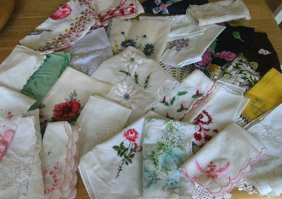 Vintage Handkerchief Lot 25 Floral Holiday white embroidered hankies