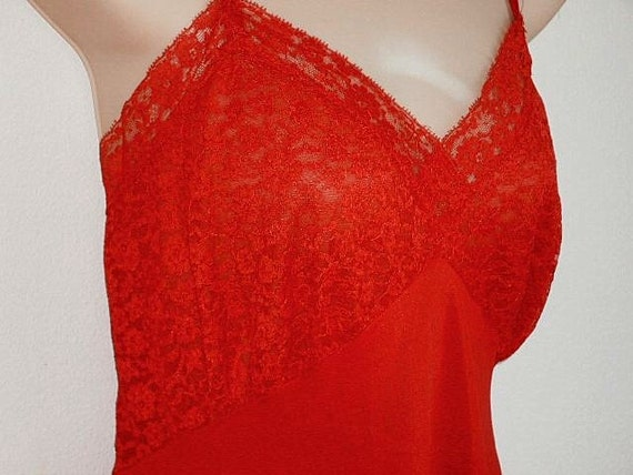 Vintage Full Slip RED  60s Lace Lingerie nightgown 38 bust