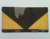 Army and Yellow Clutch