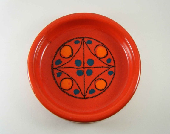 Vintage Op Art Studio Pottery Dish by Kjarval Lokken, 1970s Iceland - Treasury Item