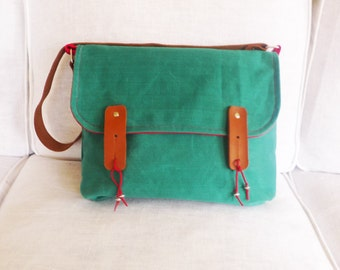 Green Waxed Canvas Messenger Bag Single Leather Strap Shoulder bag / Cross Body Messenger