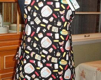 Diner Apron-Retro Diner Food and More- Elizabeths Studio Fabric, Reverses to Black with Diner Pocket