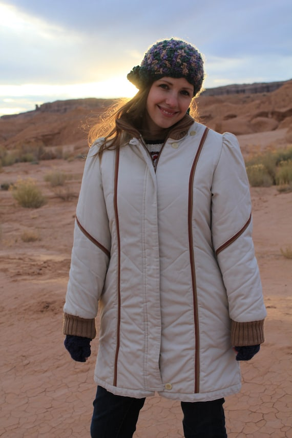 Desert Snow - Vintage 1980s Long Puffy Indie Winter Coat, Quilted White and Brown, Small