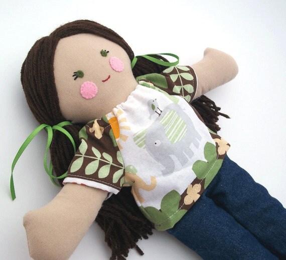 Cloth Rag Doll, Brown Hair Green Eyes Animal Print Shirt Blue Jeans Medium Dark Skin