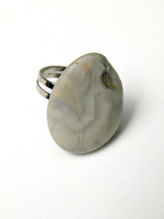 Beach Pebble Ring Smooth Gray Stone Ring Silver Stone Ring Grey
