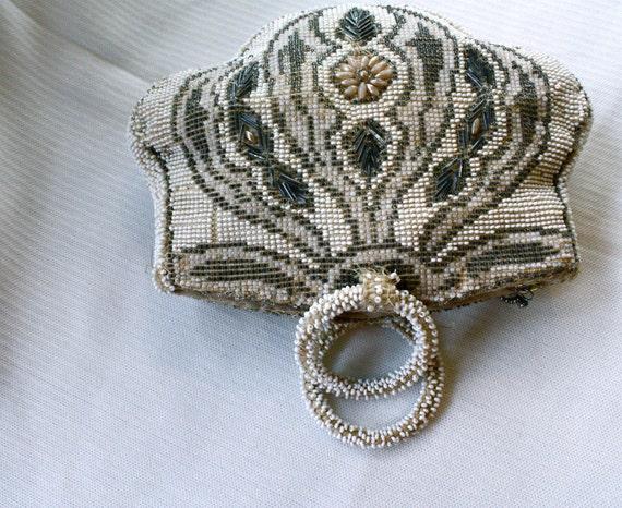 1920s beaded handbag // art deco beaded purse // made in czechoslovakia