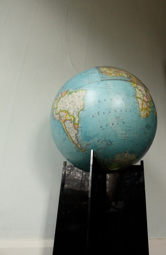 vintage 16 Inch National Geographic Globe w/Stand & Geometer (c. 1990)
