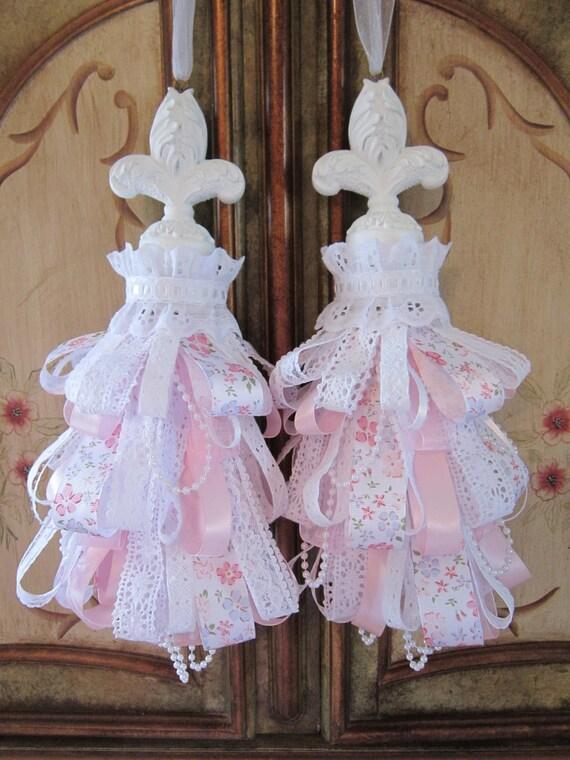 French Cottage Fleur De Lis Decorative Curtain Tassels By