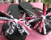 Hello Kitty Spiked-pinwheel bow and Flip flop bows - shoe bows - girls hairbow - changeable flip flop bows - cupcake qt