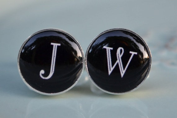 Personalized vintage font initial cufflinks, timeless mens jewelry keepsake gift, classic cuff link accessories