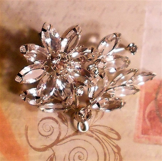 Floral Jewerly Brooch Pin
