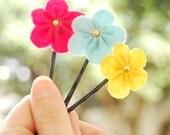 Felt flower bobby pin - set of 3, light blue,pink snd yellow ,spring flowers clips