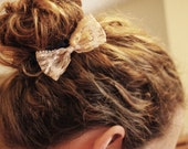 Lace hair bows  - set of 2 lace bow alligator clips, white and beige