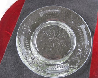 Four vintage etched crystal salad plates