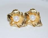 Sold Out, Bridal Earrings, Large Gold Leaf Stud Earrings, Shell Pearl Stud Earrings, Gold Lotus Leaf Stud Earrings