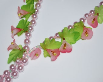 Lucite Flower Necklace - on Glass Pearl, 25""