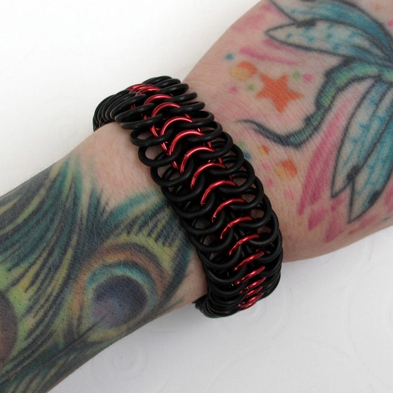 Stretchy chainmaille bracelet, red and black bracelet for men or women