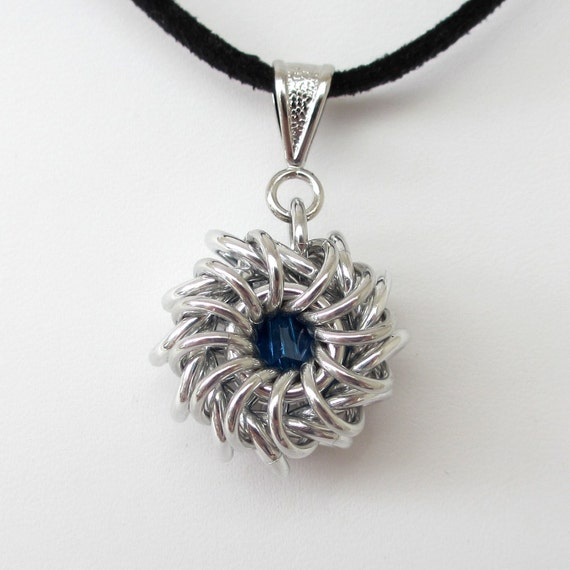 Whirlybird chainmail pendant with royal blue crystal