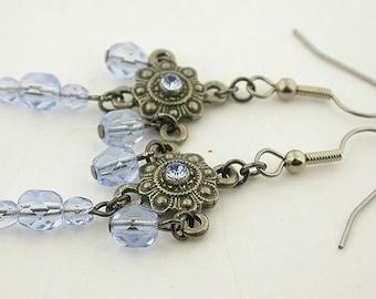 Light Sapphire Czech Vintage Look Earrings 09