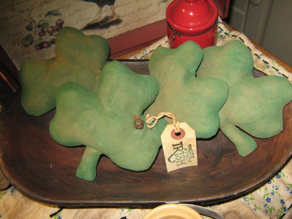 "Very Primitive Set of 4 "" The Luck Of The Irish "" Ornies / Bowl Fillers / Tucks Handmade Country Decor Folkart  Clover St Patricks Irish"