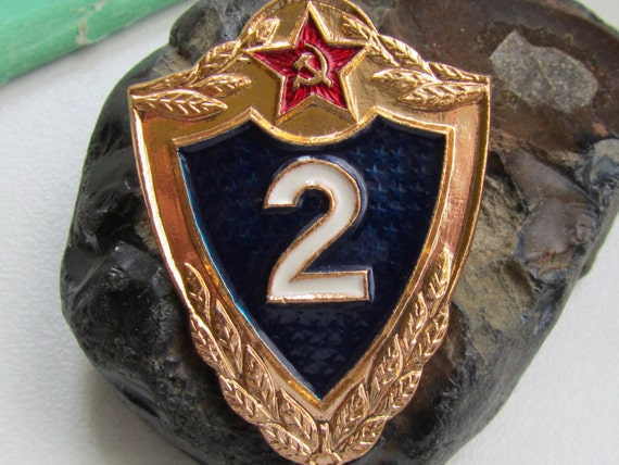 Soviet Vintage Military Pin - Number 2, Russia Soviet Union USSR, army numbers