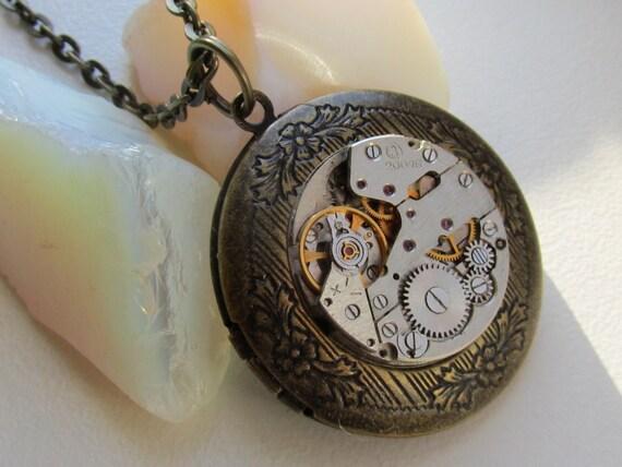 Steampunk round locket necklace  with vintage watch  movement