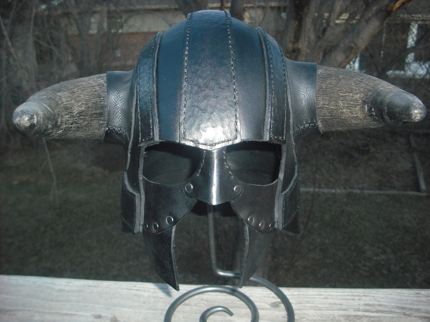Leather Barbarian Gladiator Viking Horned Helmet Armor Fantasy