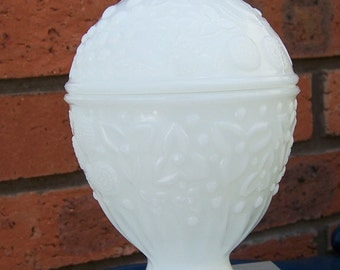 Vintage Avon Milk Glass Lidded Candle Holder/Candy Dish, Vintage Glassware, 1960s, UK Seller