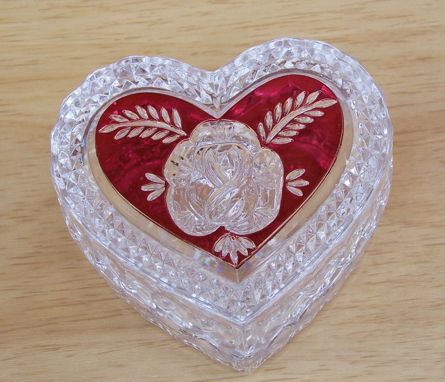 Vintage enesco ruby rose heart jewelry box german crystal for Heart ring box