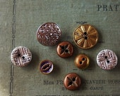 Vintage - Gorgeous victorian metal buttons - Lot of 8  -