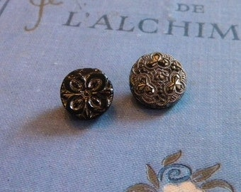Vintage - Gorgeous victorian glass silver luster buttons - Lot of 2  -