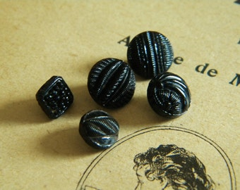 Vintage - Gorgeous black  glass buttons - Lot of 5  -