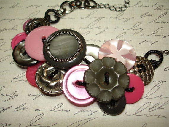 Button Necklace - VINTAGE button jewelry - PINK - Gray - SILVER - Vintage Button Necklace