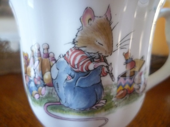 Brambly Hedge The Birthday Footed Mug / Beaker - Royal Doulton