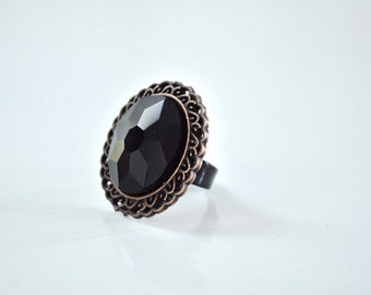 Black Oval Ring Adjustable with Bronze Edge