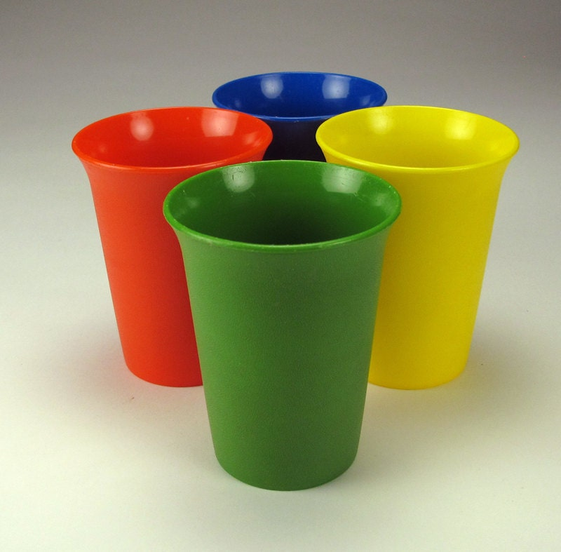 Vintage tupperware tumblers - Cups and kids ...