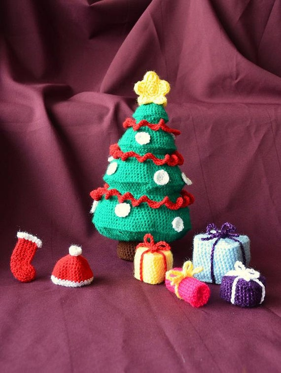 Christmas Tree with Gifts, Presents, Stocking and Hat - Toy Plushie, Can be used as Kids Childrens' Play Kit CROCHET PATTERN No.25