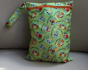 """Sale! Wet bag in owl print  - 9""""x12"""" will fit approx  4 cloth diapers"""