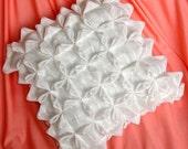 Smocked ring pillow - Handmade puckered design original by la Marmota Café