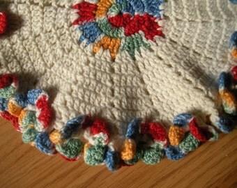 Vintage crochet Pot Holder / Trivet