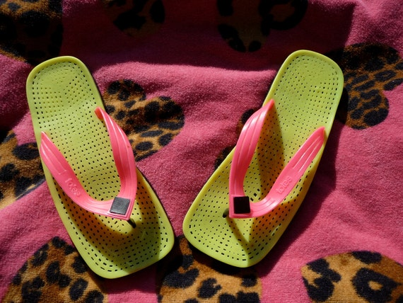 Neon Lime Green and Pink Totes Square Flip Flops 80s 8