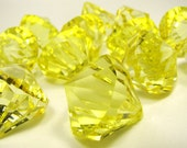 BIG plastic diamond bling acrylic YELLOW faceted 12 pendants or charms