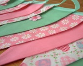 Double-sided bunting with flower appliques, girly banner. Pastels, daisies, hearts. Ready to ship.