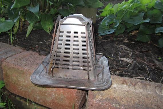 Vintage Tin Campfire Toaster Metal Primitive Rustic Pyramid Toaster